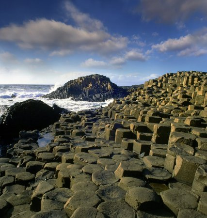 25 интересных скальных образований (25 фото)