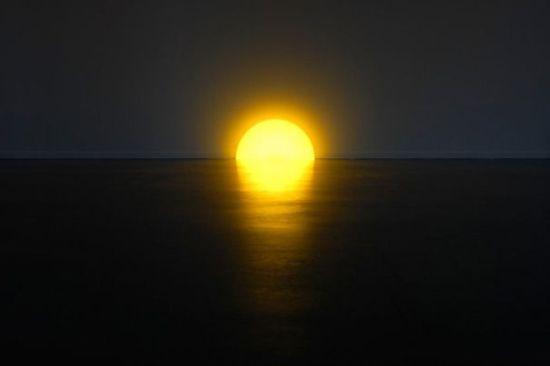 Плинтусная лампа (3 фото)