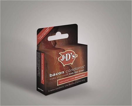 Презервативы с запахом бекона (3 фото)