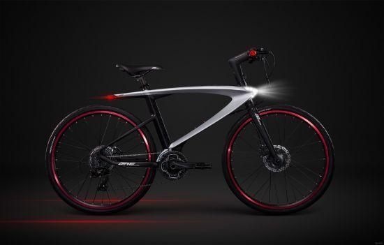 Первый в мире велосипед с лазерами и встроенной ОС Android (3 фото + 1 видео)