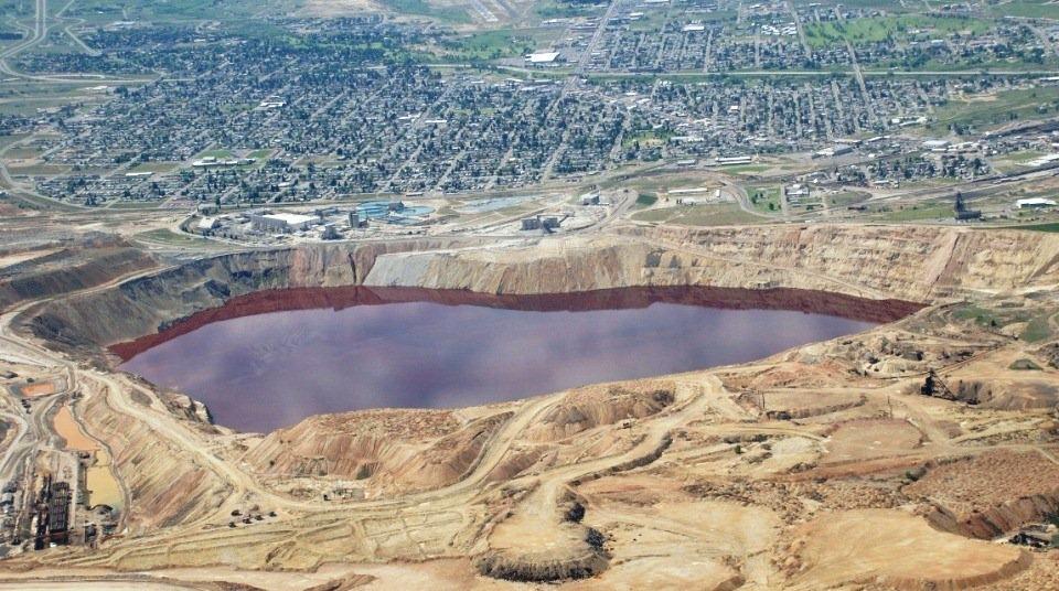 Самое токсичное озеро